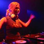 DJ Astrid Walter